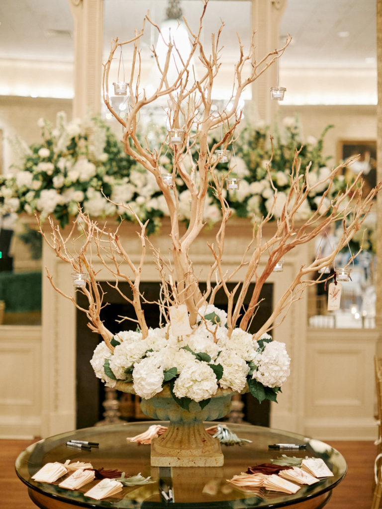 New Orleans Country Club Wedding by Ruby and Pearl Events