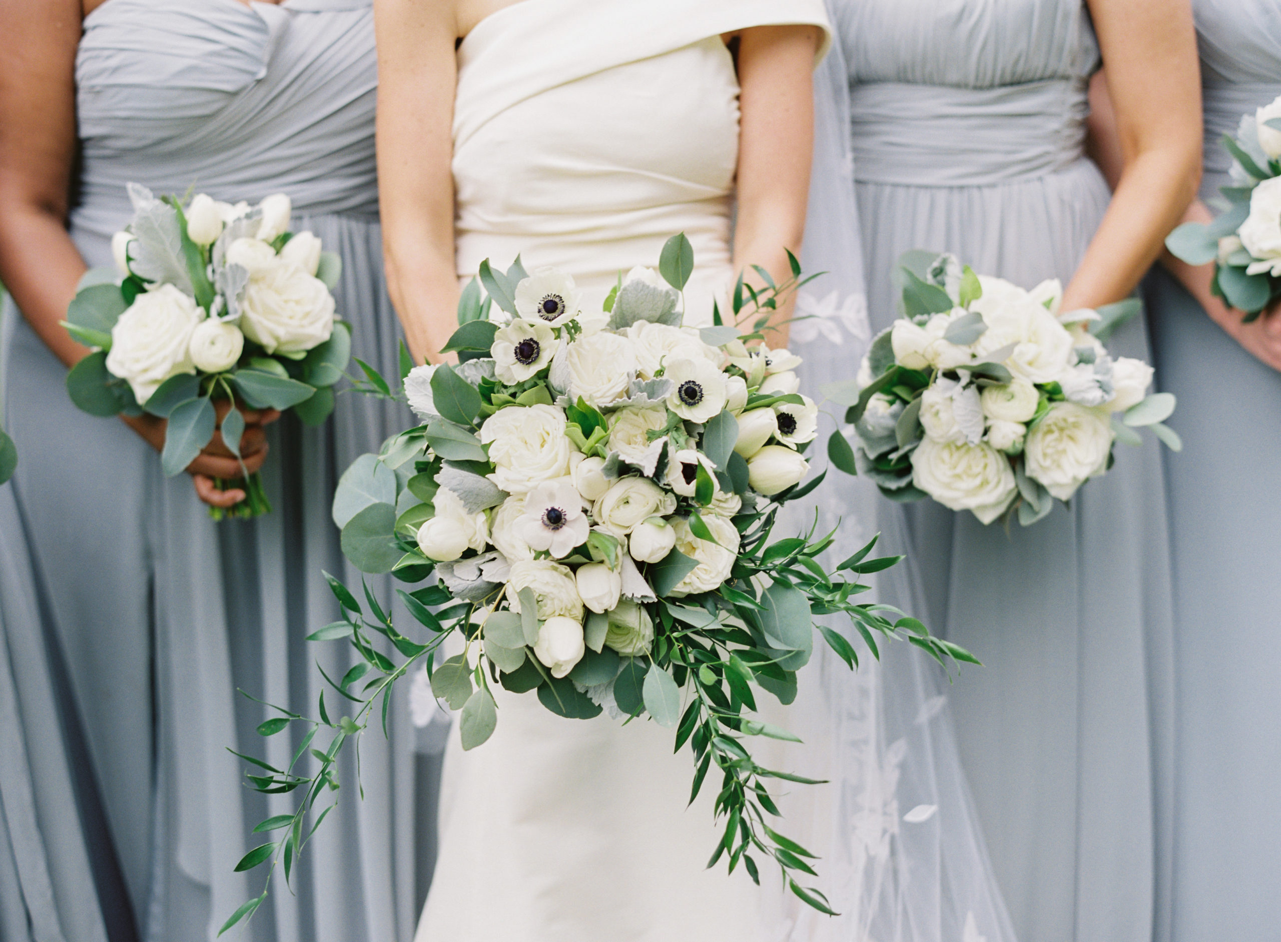 New Orleans Wedding Planners Ruby and Pearl Events bouquets